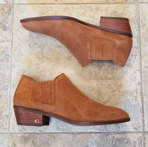 NWT COACH TAN LEATHER SUEDE NEW ANKLE BOOTIES